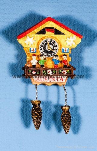 Polystone Cuckoo clock - Kuckucksuhr  souvenir gifts 1