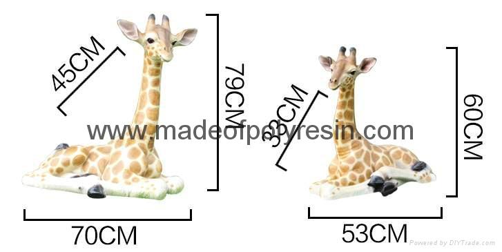 Life size fiber glass giraffe of large statue 1