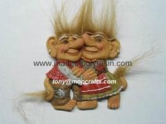 Polyresin troll family o