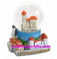 Polyresin 3D building base snowglobe for