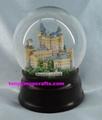Castle snow globe with glitte 2