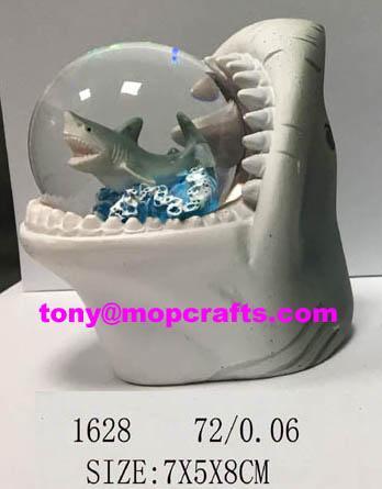 Polyresin shark of snow ball gifts 1