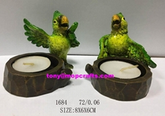 Resin candle holder with