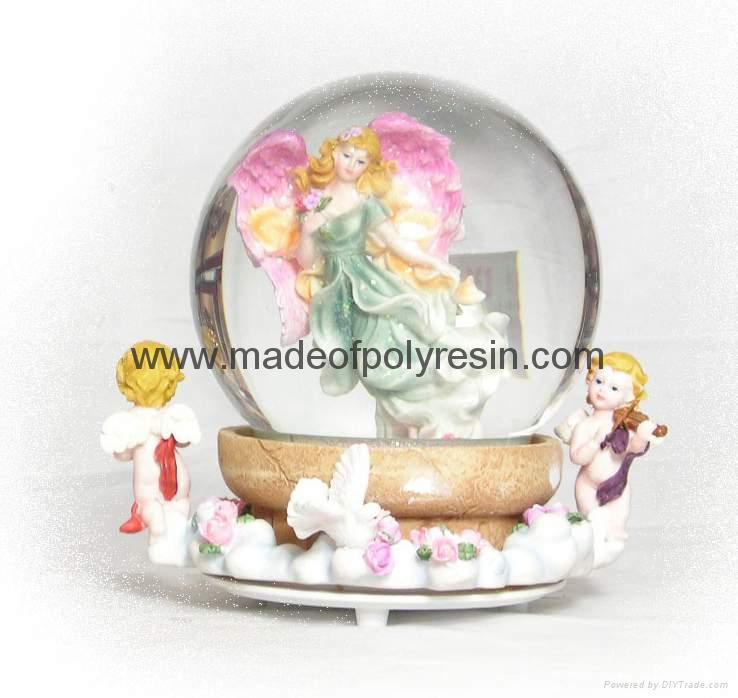 polyresin/polystone fairy snow ball,snowglobe