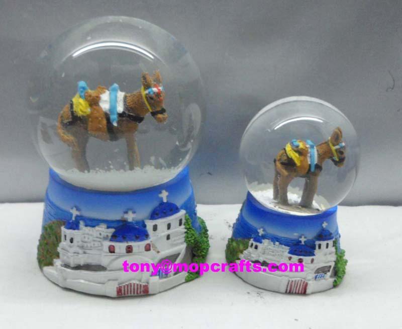 Resin Greece tourist crafts of snow ball