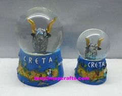 Polyresin Creta Souvenir crafts of water globe crafts