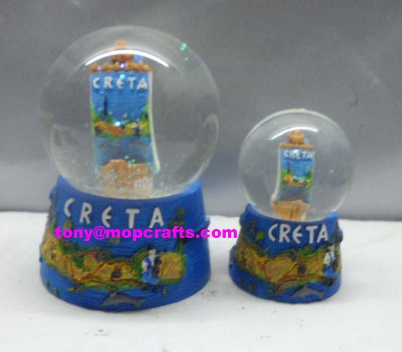 Resin Creta snow globe crafts with boat inside