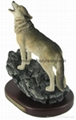 polyresin howling wolf resin wolf statue wolf crafts wolf sculpture 1
