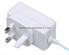 24W Series BS Universal AC/DC Power Adapter