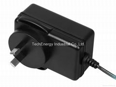 24W Universal AC/DC power Adapter