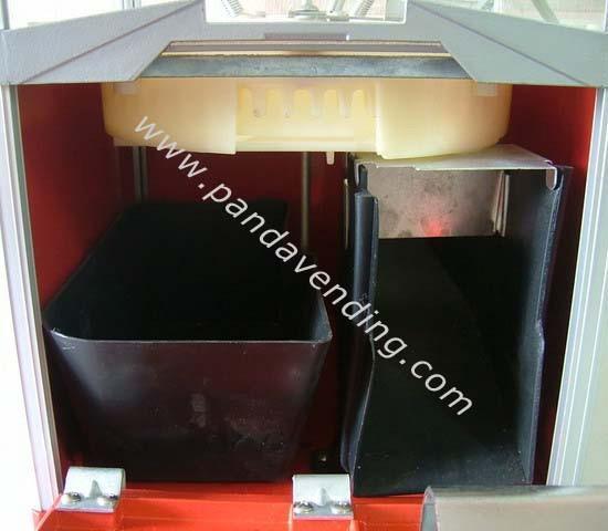 "TR330 - 30"" Classical Toy Vending Machine  2"