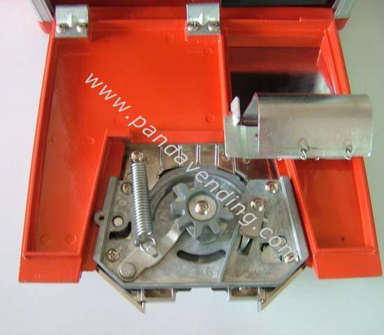 "TR330 - 30"" Classical Toy Vending Machine  4"