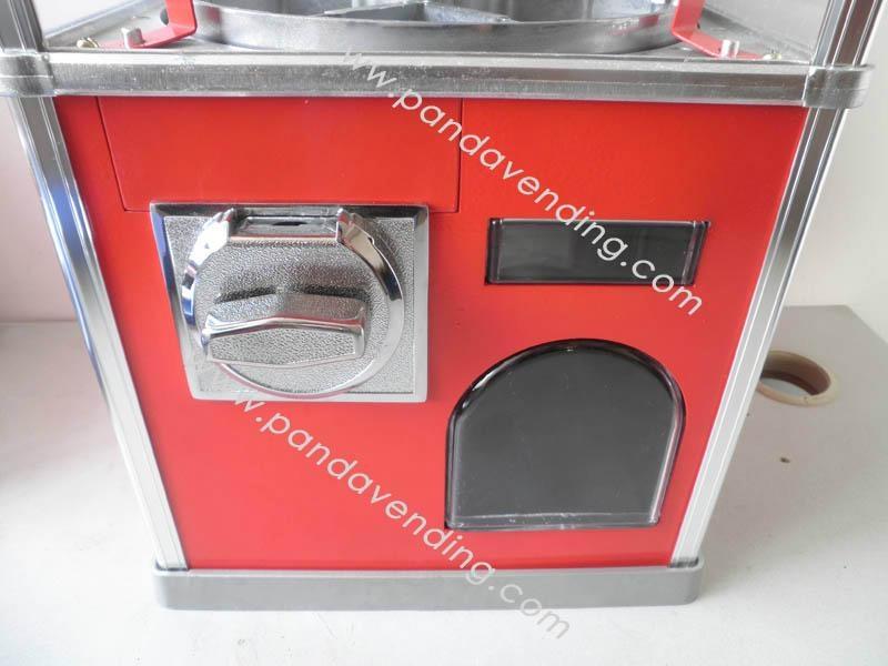 TR300 - Superior Toy Vending Machine 3