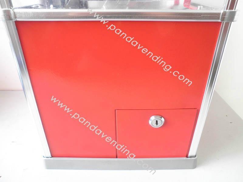 TR300 - Superior Toy Vending Machine 4