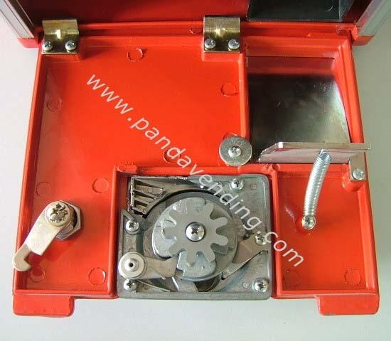 "TR220 -  20"" Versatile Toy Vending Machine 5"