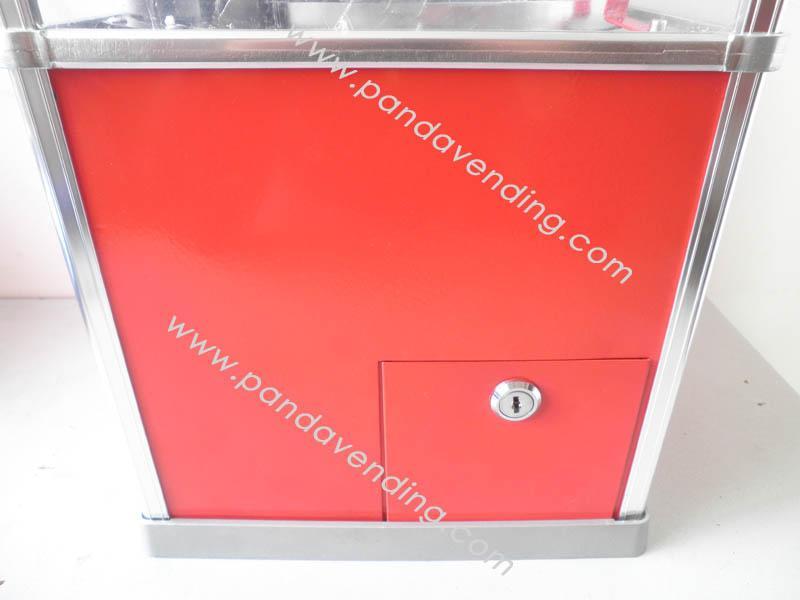 TR300 -  Heavyduty Toy Vending Machine 4