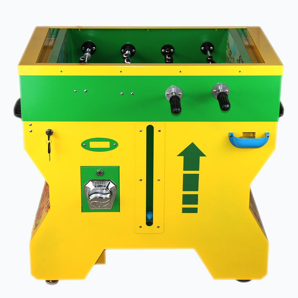 TR924 - Gumball Vending Soccer Table  2