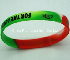 Mix color silicone bracelets for game fans