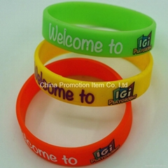 Solid color silicone bracelets for kids