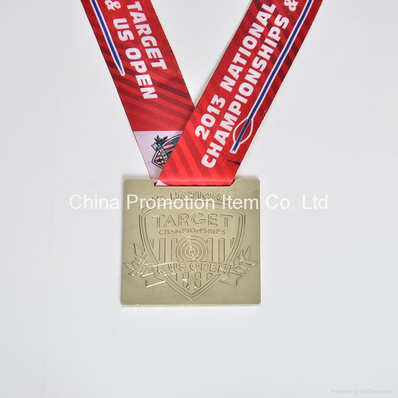 Custom high quanlity souvenir metal medals with ribbon 1