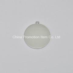 Single simple embossed pattern silver medal
