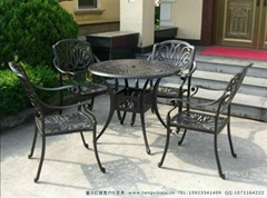 重慶戶外鐵藝鑄鋁桌椅遮陽傘