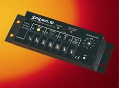 太陽能燈光控制器