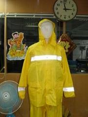 R04 rainwear
