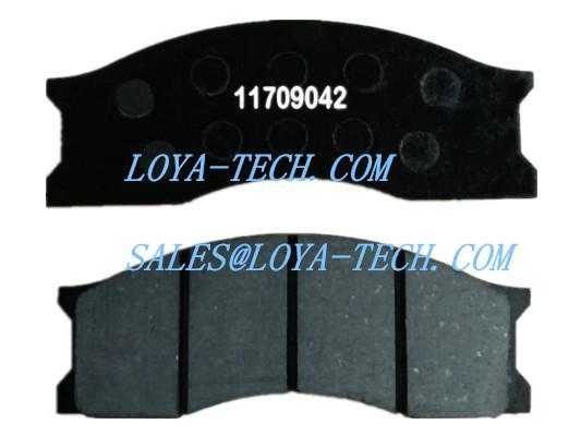 11709042 6213353 - BRAKE PAD KIT - SUIT VOLVO A25 A30 L70 L120 - LOYA TECH