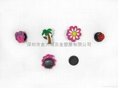 深圳香港台灣生產pvc軟膠3D鞋花廠家