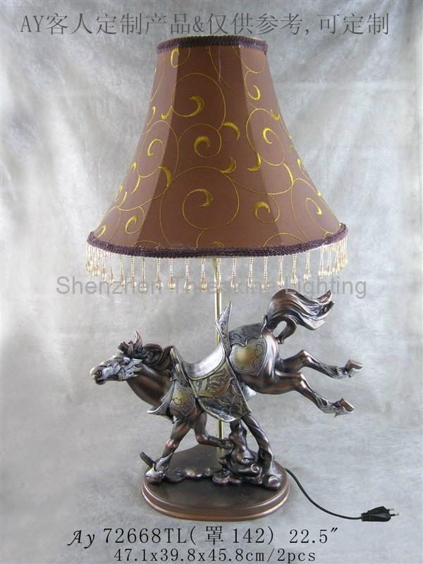 奔馬造型樹脂臺燈 3