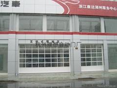 理想門業奔馳4S店電動快速提升門