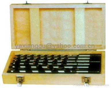Augar Bit in wood case 1