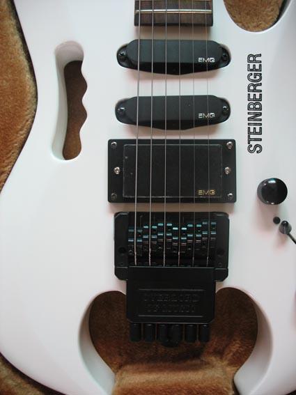 2020 Jingying Music Hot Sale Headless Electric Guitars 3