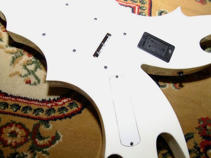 2020 Jingying Music Custom Shaped Electric Guitar and Bass Guitar 7