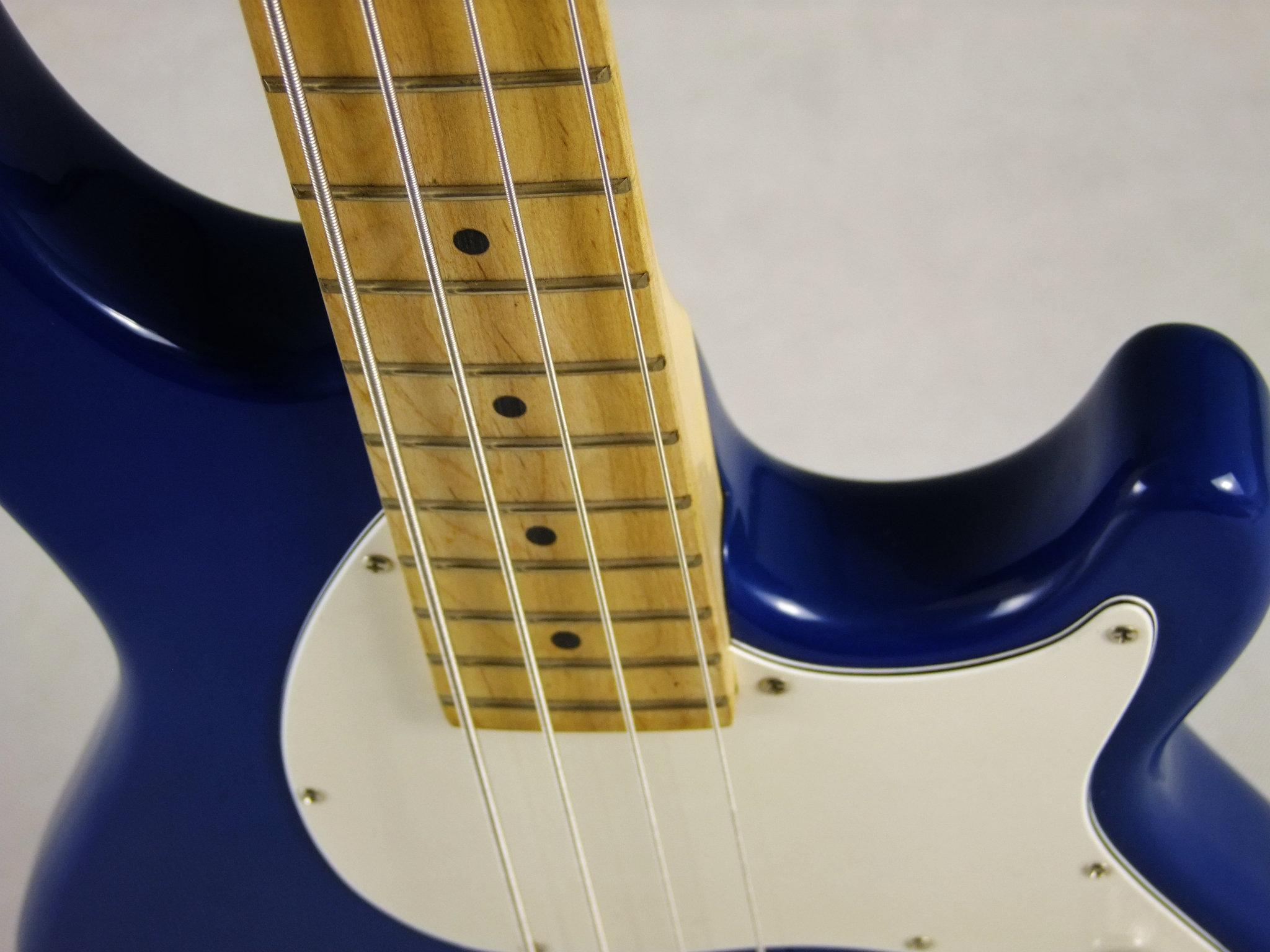 2020 Jingying Music Bass Guitars and Electric Guitars with Custom Brand 12