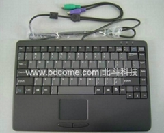 完全笔记本型设计标准键盘带触摸板K88C