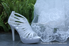 classical style bridal shoes