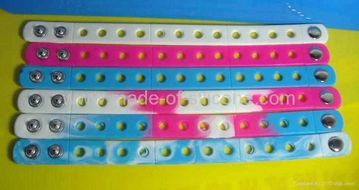 Silicone Wristbands With Holes 3