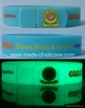 USB silicone wristbands (glow in the dark)