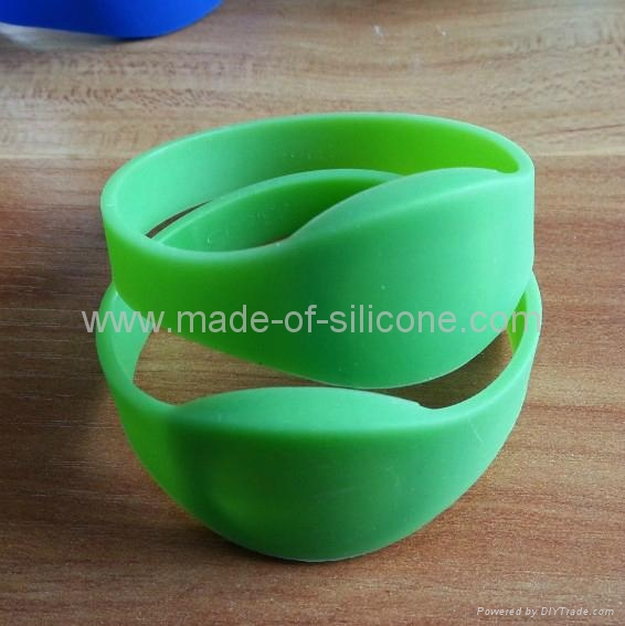 RFID Silicone Wristbands ( DIY ) 2