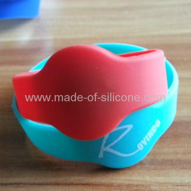 RFID Silicone Wristbands 1