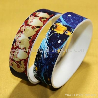 High Definition  Printing Silicone Wristbands 1