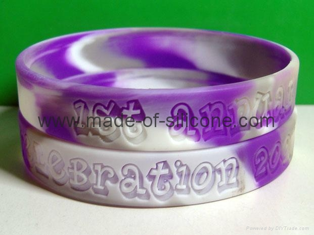 Swirled Color Debossed Silicone Wristbands 9