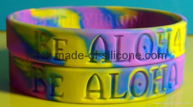 Swirled Color Debossed Silicone Wristbands 10