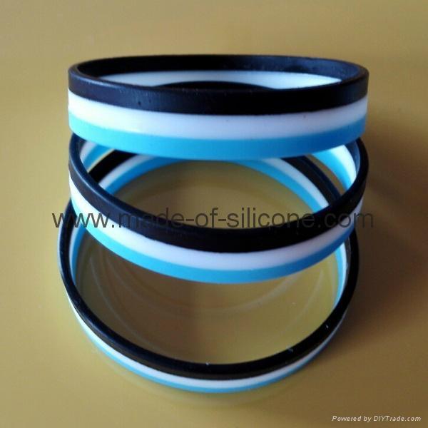 Segmented 3 Colors Silicone Wristband 2