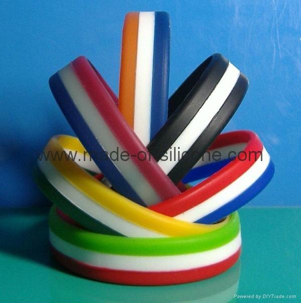 Segmented 3 Colors Silicone Wristband 1