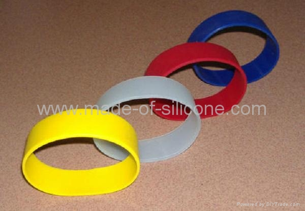 20mm Blank Silicone Wristbands  2