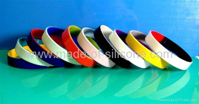 12mm Color coated silicone wristbands  3