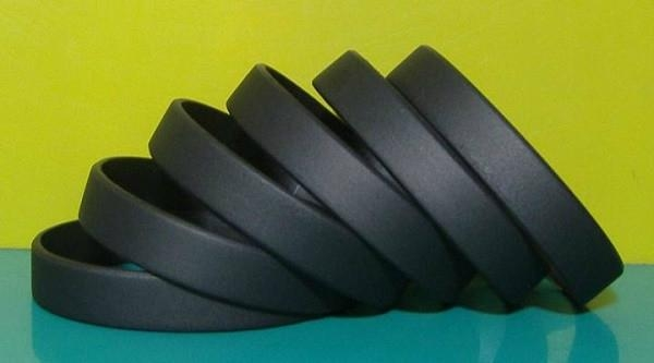12mm Blank Silicone Wristbands  3